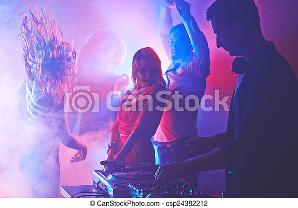Nachtclubs - csp24382212
