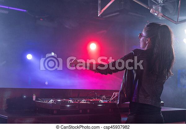 Clubbing - csp45937982