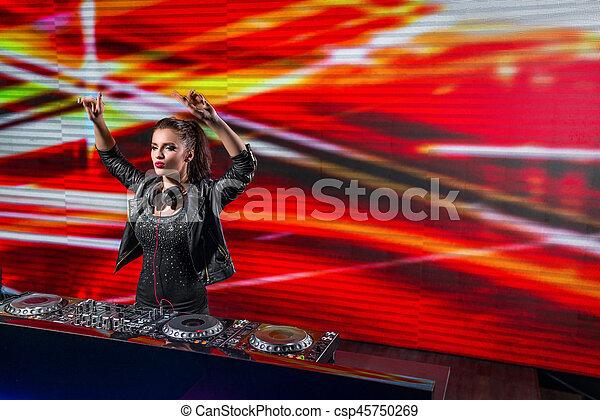 Clubbing - csp45750269