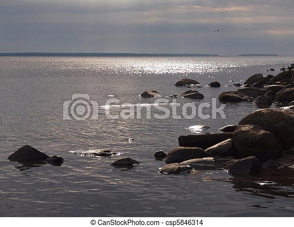 Coast of lake - csp5846314