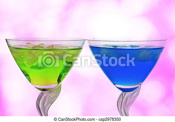 Cocktails against pink - csp2978350