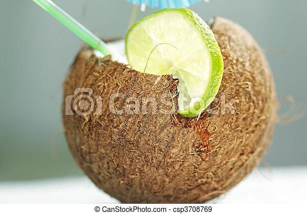 Coconut cocktail - csp3708769