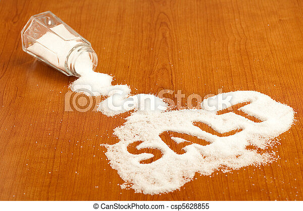 Sacude sal - csp5628855