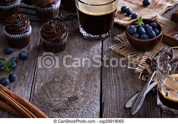 Coffee and chocolate cupcakes - csp29918065