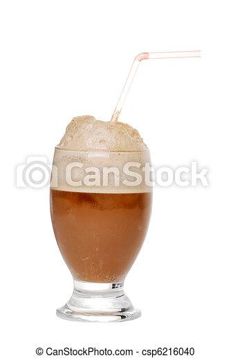 El helado de cola flota - csp6216040