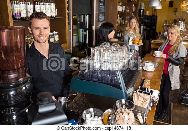 collègue, mâle, barman, fond, fonctionnement - csp14674118