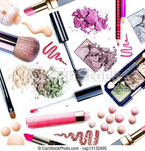 Maquillaje. Collage - csp13132495