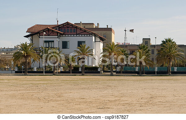 Colonial house - csp9187827