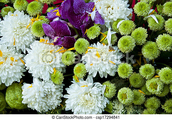 Colorful flower bouquet close up. - csp17294841