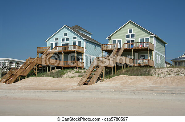 Colorful ocean front beach houses - csp5780597