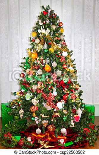 Colorful Red Green And Gold Christmas Tree