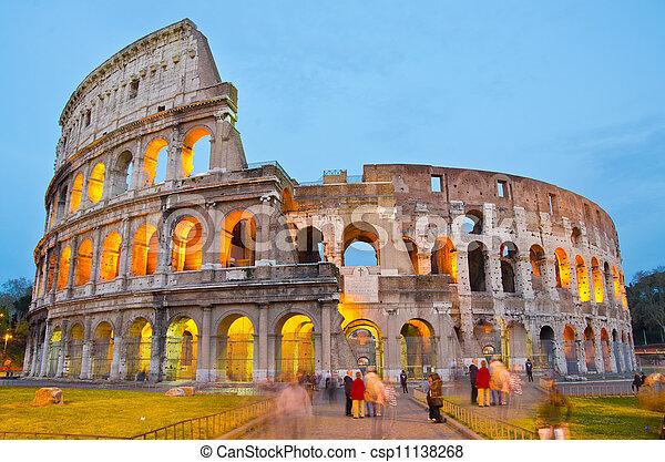 colosseum, ローマ, イタリア, 夕闇 - csp11138268