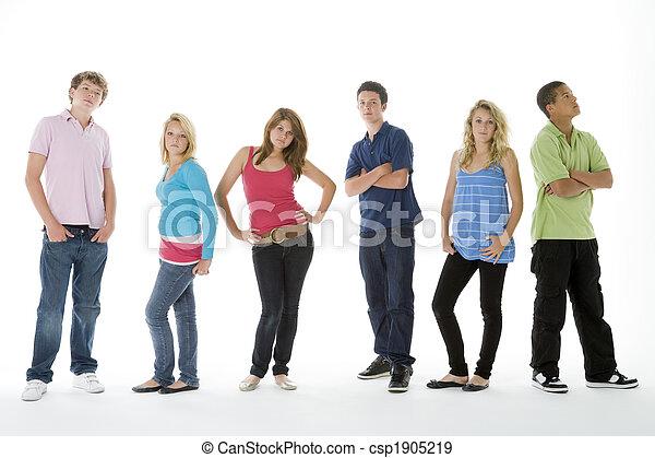 colpo gruppo, adolescenti - csp1905219