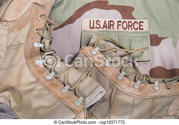 Combat boots and Air Force uniform - csp19371772