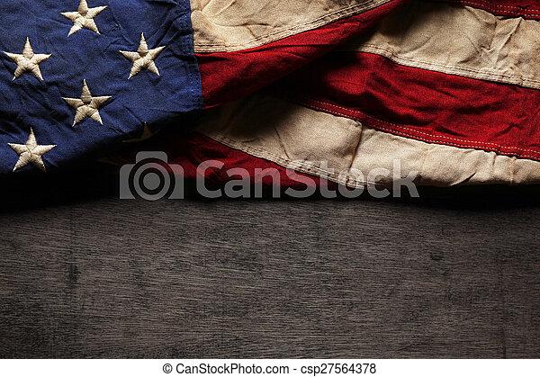 commemorativo, vecchio, bandiera, portato, giorno, americano, 4 luglio, o - csp27564378
