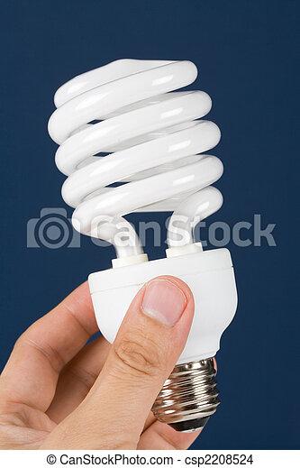 Una bombilla fluorescente compacta - csp2208524