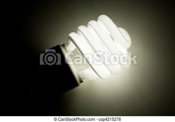 Una bombilla fluorescente compacto - csp4215278