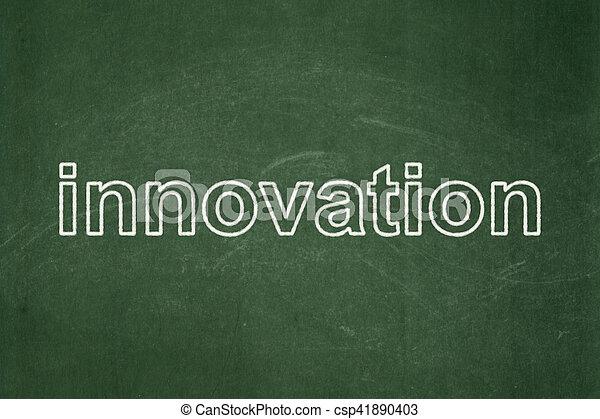 Concepto de negocios: innovación en fondo de pizarra - csp41890403