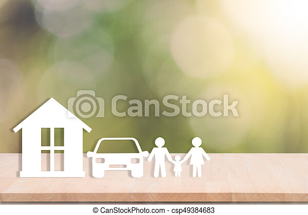 La familia del auto en la mesa de madera. Concepto seguro de salud. - csp49384683