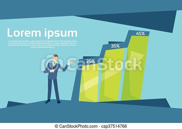 Bar financiero de hombre de negocios creciendo en un gráfico de crecimiento del concepto de éxito - csp37514766