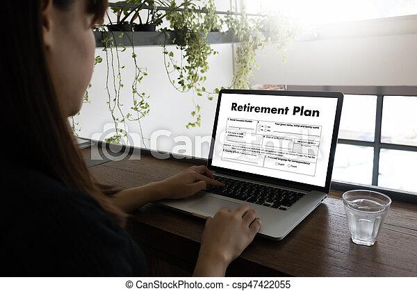 Tiempo de jubilación para ahorrar dinero para el concepto de jubilación - csp47422055
