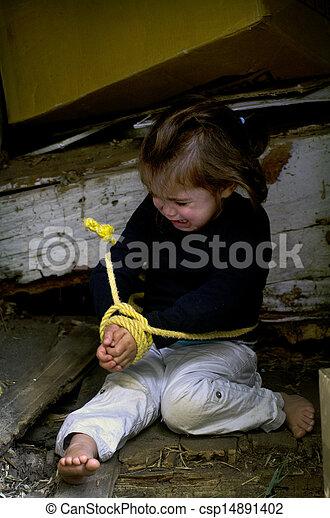 Tráfico humano de niños - foto conceptual - csp14891402