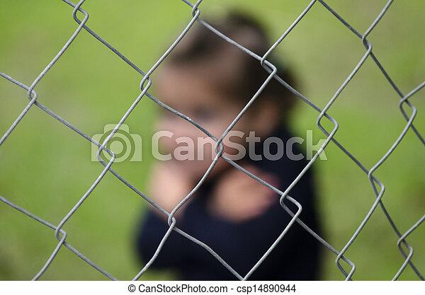 Tráfico humano de niños - foto conceptual - csp14890944
