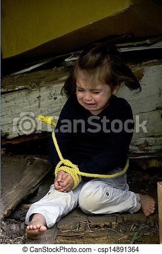 Tráfico humano de niños - foto conceptual - csp14891364