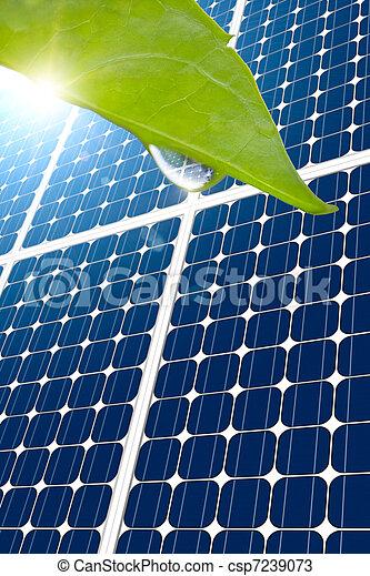 Concepto de panel solar y hoja - csp7239073