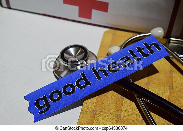 Buena salud en el papel impreso con Concepto de Salud y Salud - csp64336874