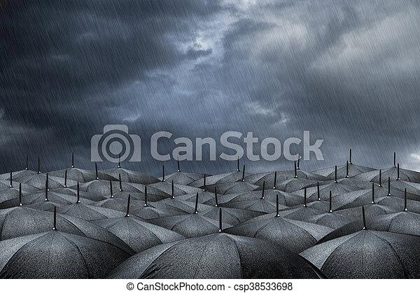 Un concepto de paraguas - csp38533698