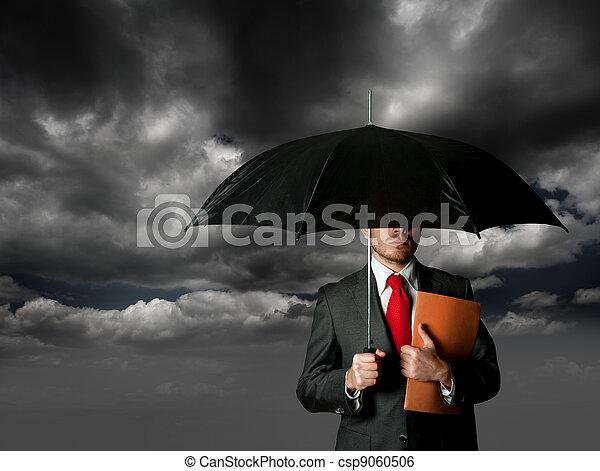 Un concepto de seguro - csp9060506