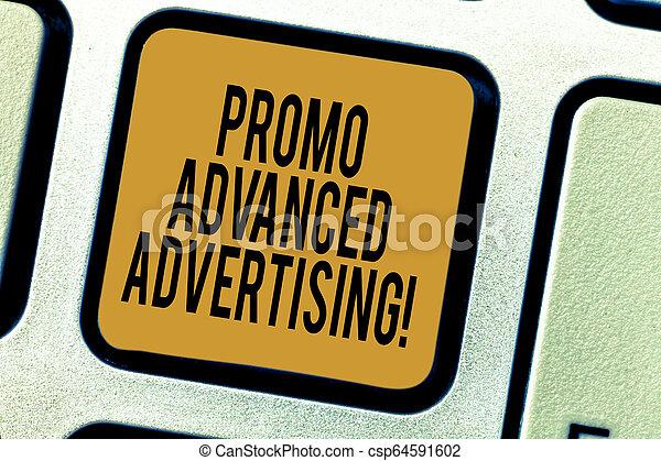 Escribiendo textos escribiendo promociones de publicidad avanzada. Concept significa informar al público de los objetivos los méritos de la clave de un producto la intención de crear un mensaje de ordenador presionando la idea de teclado. - csp64591602