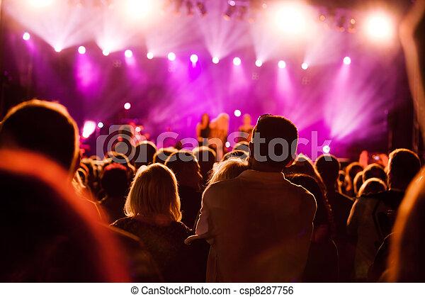 concerto música, pessoas - csp8287756