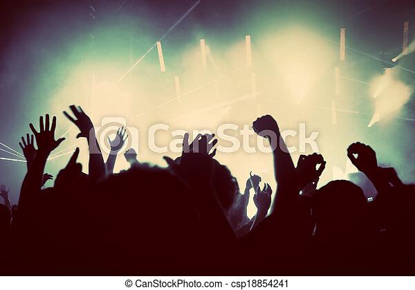 Gente en conciertos de música, fiesta disco. Vintage - csp18854241