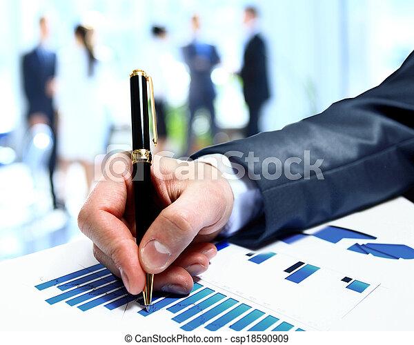 conferência, grupo, pessoas negócio, trabalho, diagrama, durante, equipe, relatório, financeiro, discutir - csp18590909