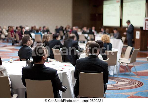 Conferencia de negocios - csp12690231