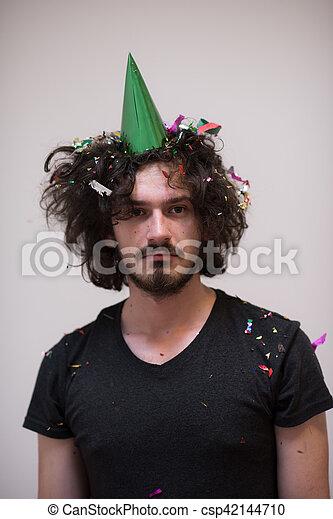 Confeti en la fiesta - csp42144710