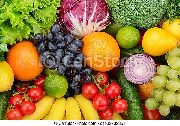 Pon fruta y vegetales - csp32732361