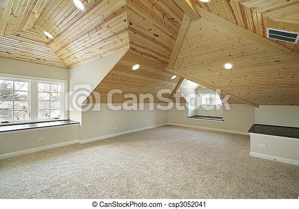 Loft en la nueva casa de construcción - csp3052041
