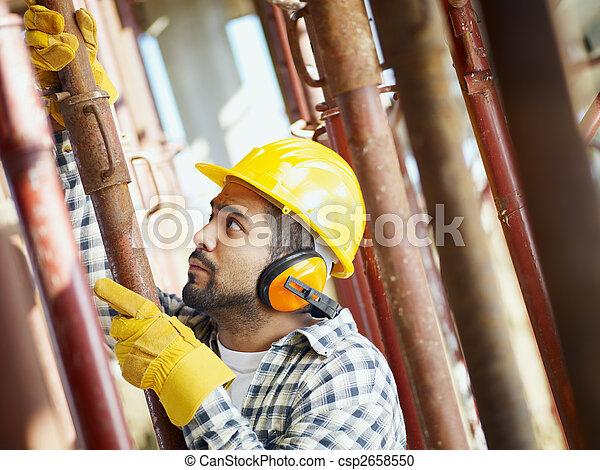 construction worker - csp2658550
