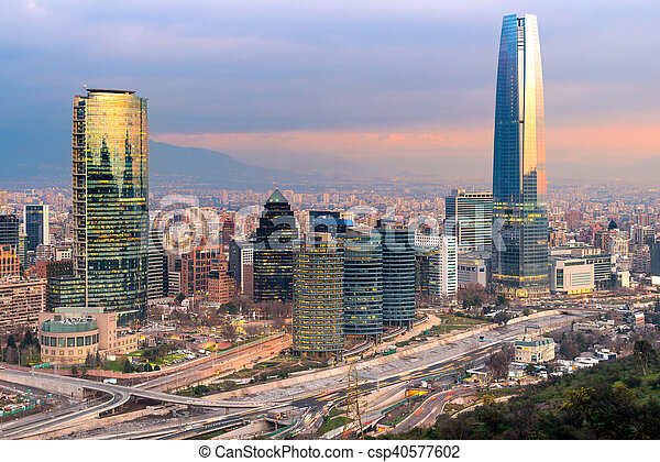 Skyline de Santiago de Chile - csp40577602