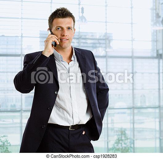conversation, homme affaires, téléphone - csp1928283