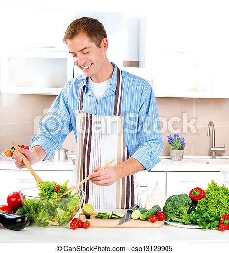 cooking., salada, saudável, jovem, alimento., vegetal, homem - csp13129905