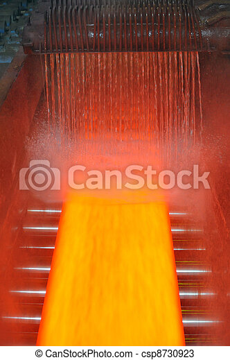 cooling hot steel on conveyor - csp8730923