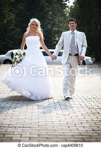 coppia, giovane, matrimonio - csp4409610