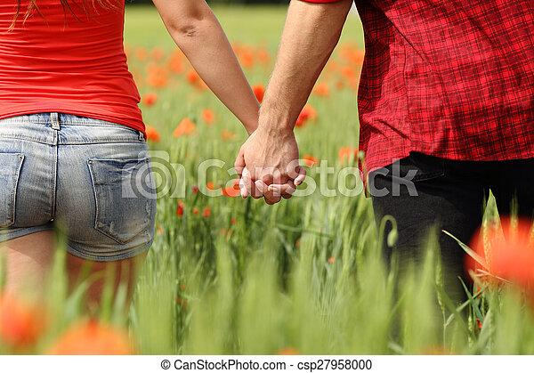 coppia, indietro, campo, tenere mani, vista - csp27958000