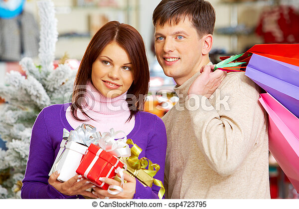 coppia, shopping - csp4723795