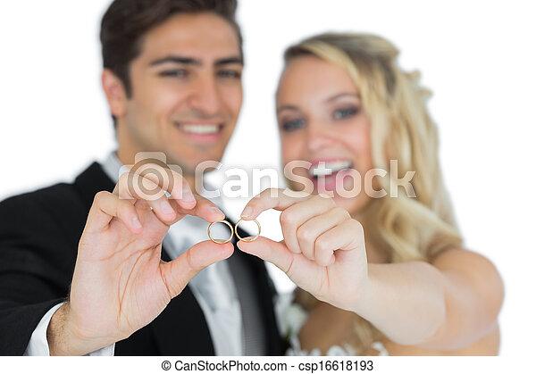 coppia, sposato, anelli, allegro, loro, matrimonio, esposizione - csp16618193