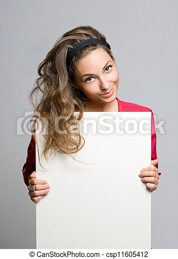 Copy space brunette beauty. - csp11605412